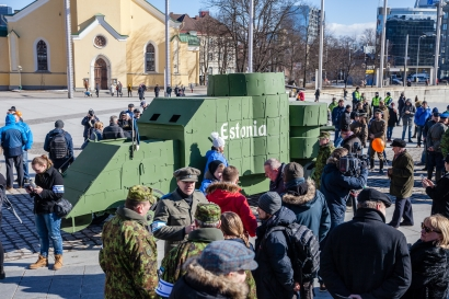 ev100-soomusauto-estonia-35