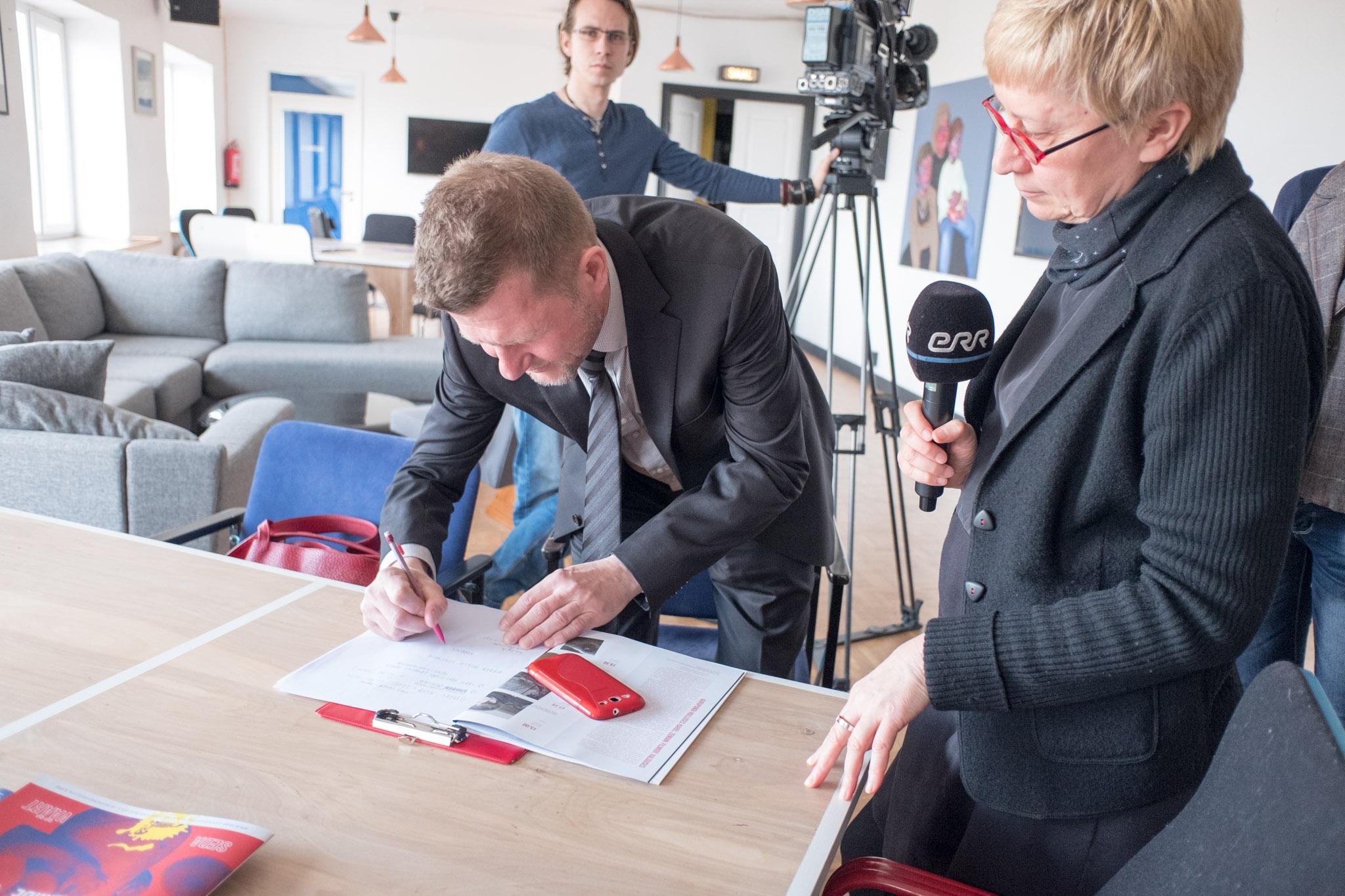 hoff-press-conference-2